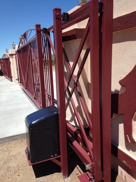 Gates Action Security Iron