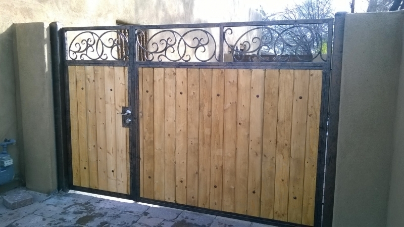 Iron U0026 Wood Gate Finished In Faux Bronze U0026 Copper